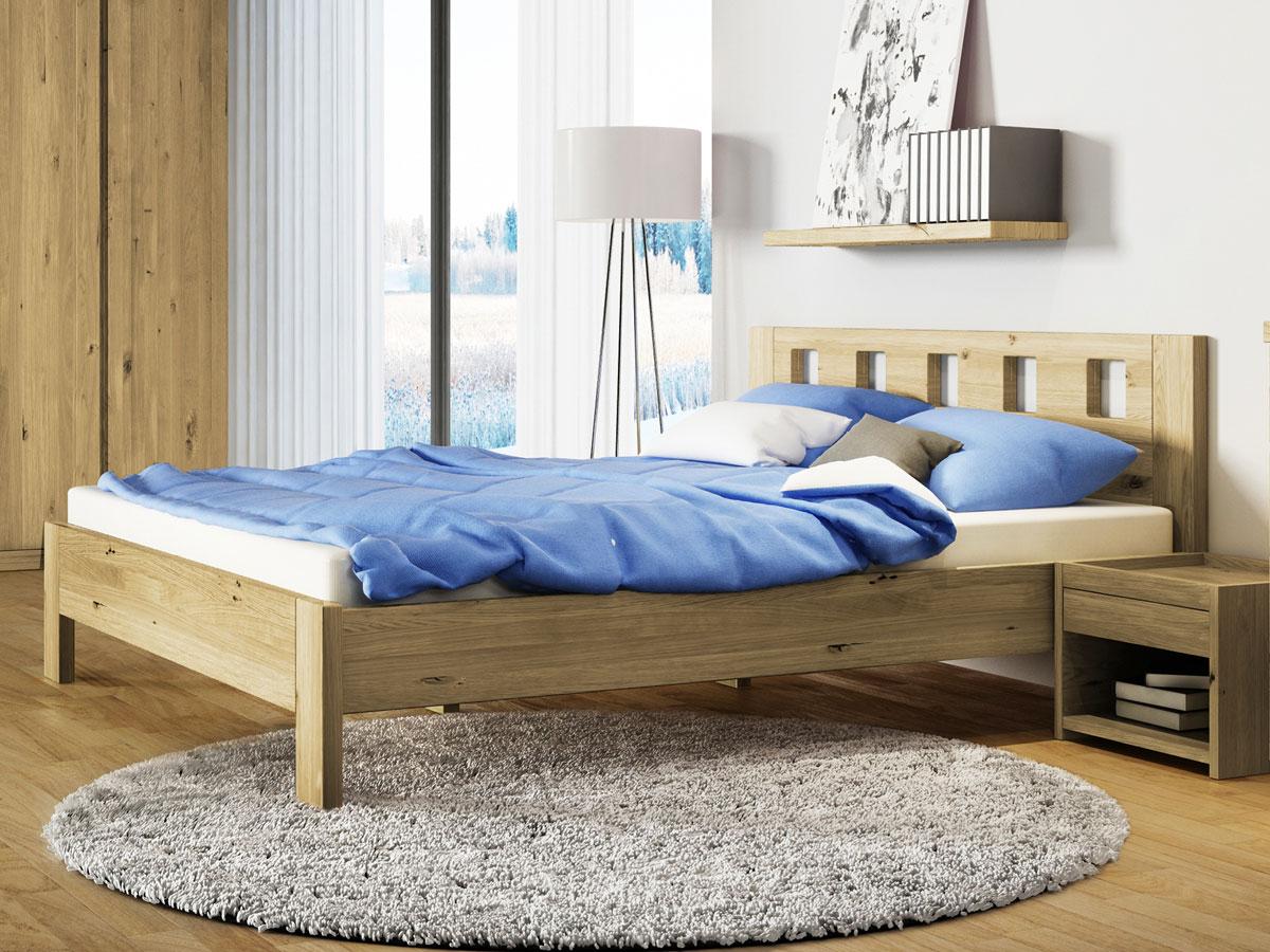 """Schlafzimmer mit Wildeichenbett """"Alma"""""""