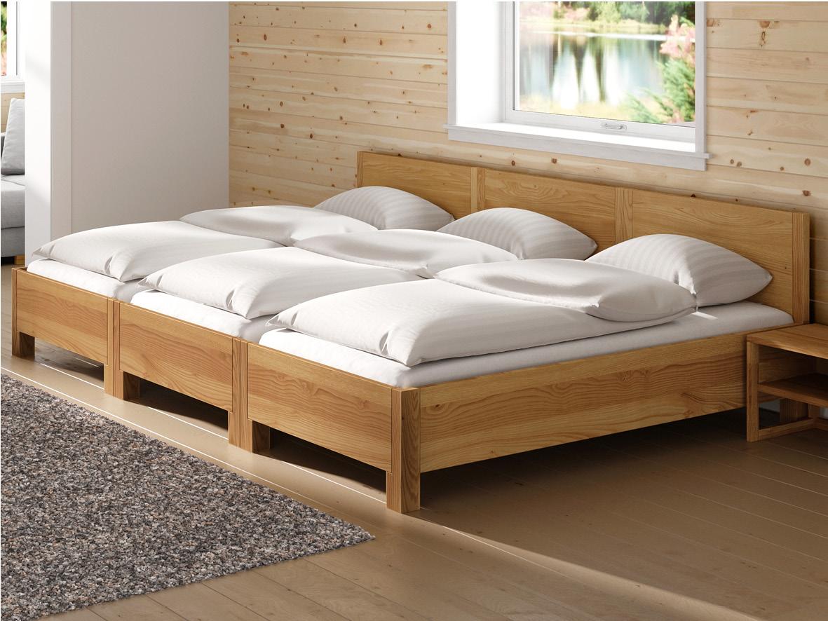 """Familienbett """"Josef"""" bietet genug Platz, damit die ganze Familie entspannt schlafen kann."""
