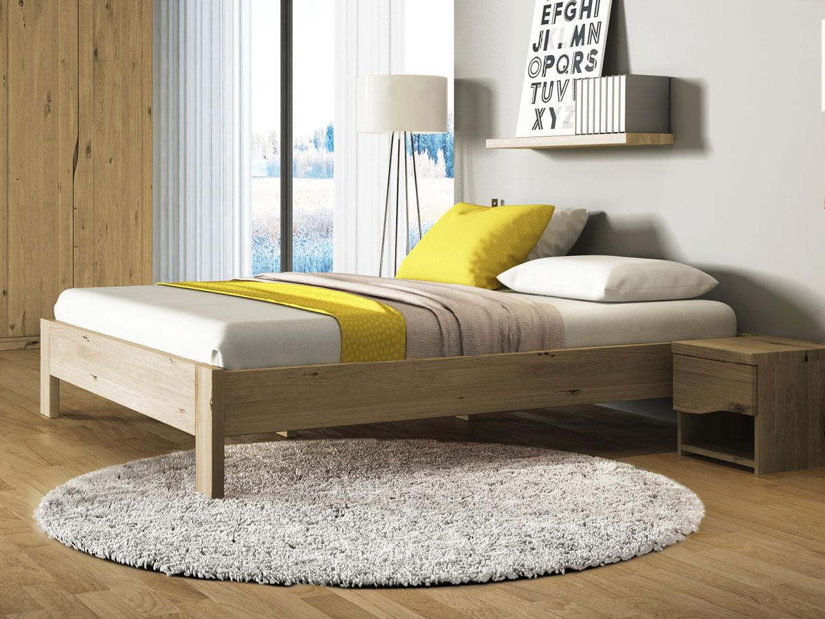 """Schlafzimmer mit Bett aus Wildeiche """"Frida"""""""