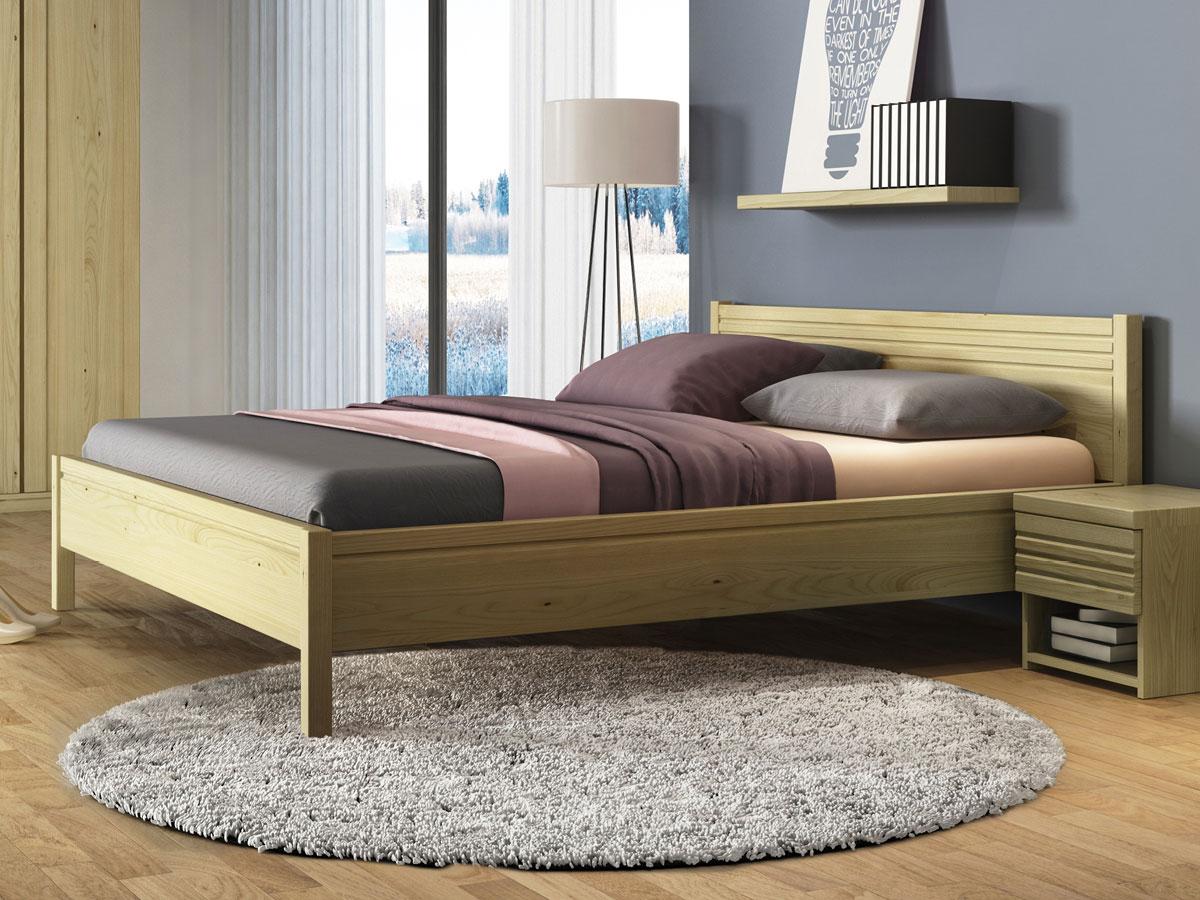 """Schlafzimmer mit Kastanienbett """"Hannes"""""""
