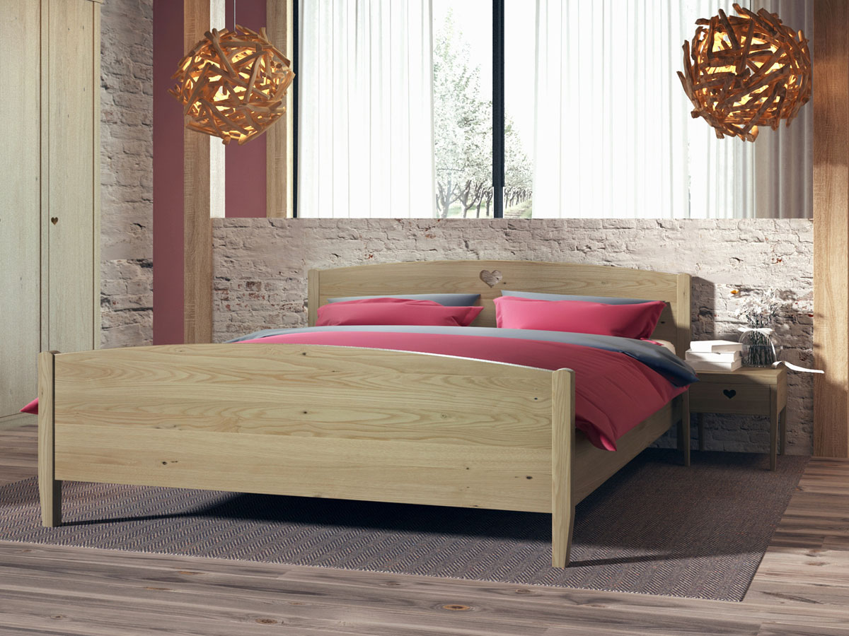 "Schlafzimmer mit Kastanienholzbett ""Heidi"" 180 x 200 cm"