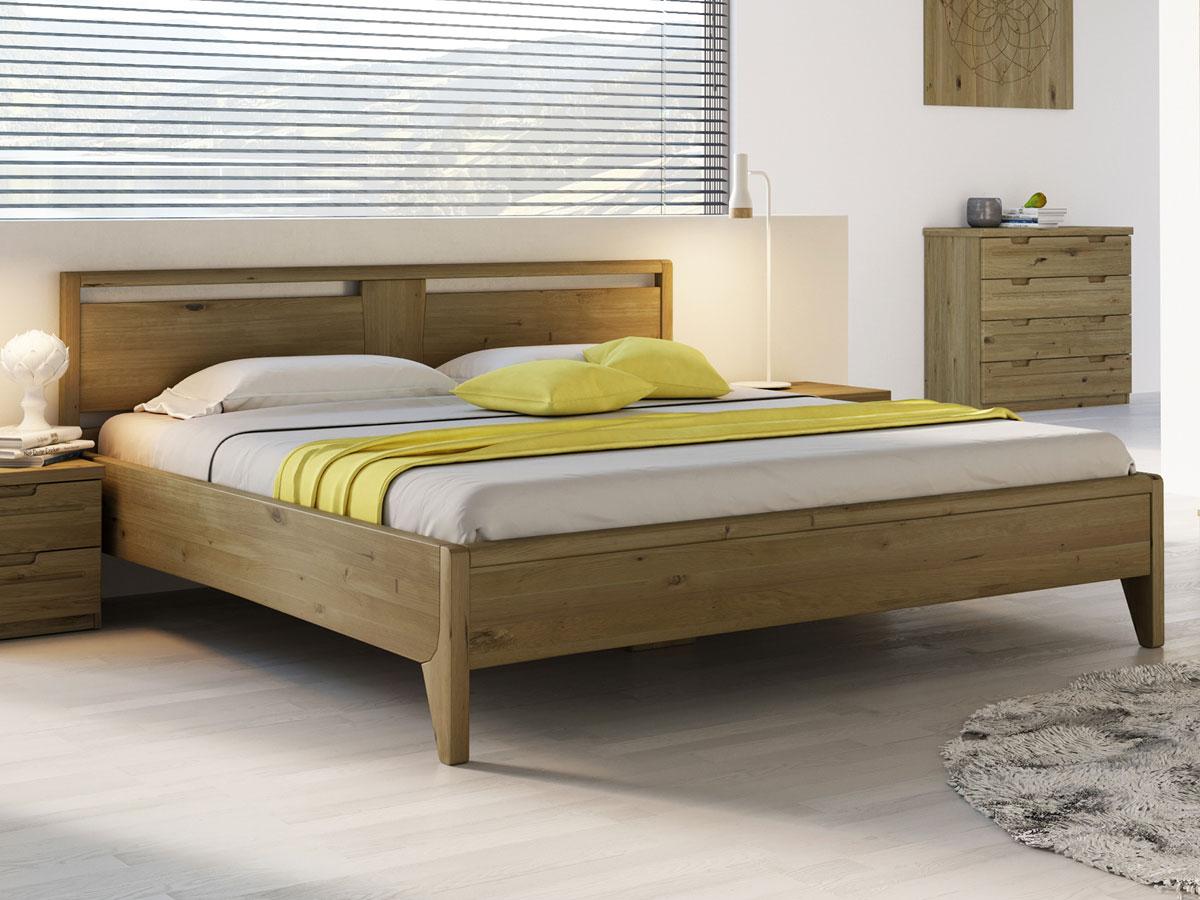 """Schlafzimmer mit Wildeichenholzbett """"Jessika"""" 180 x 200 cm"""