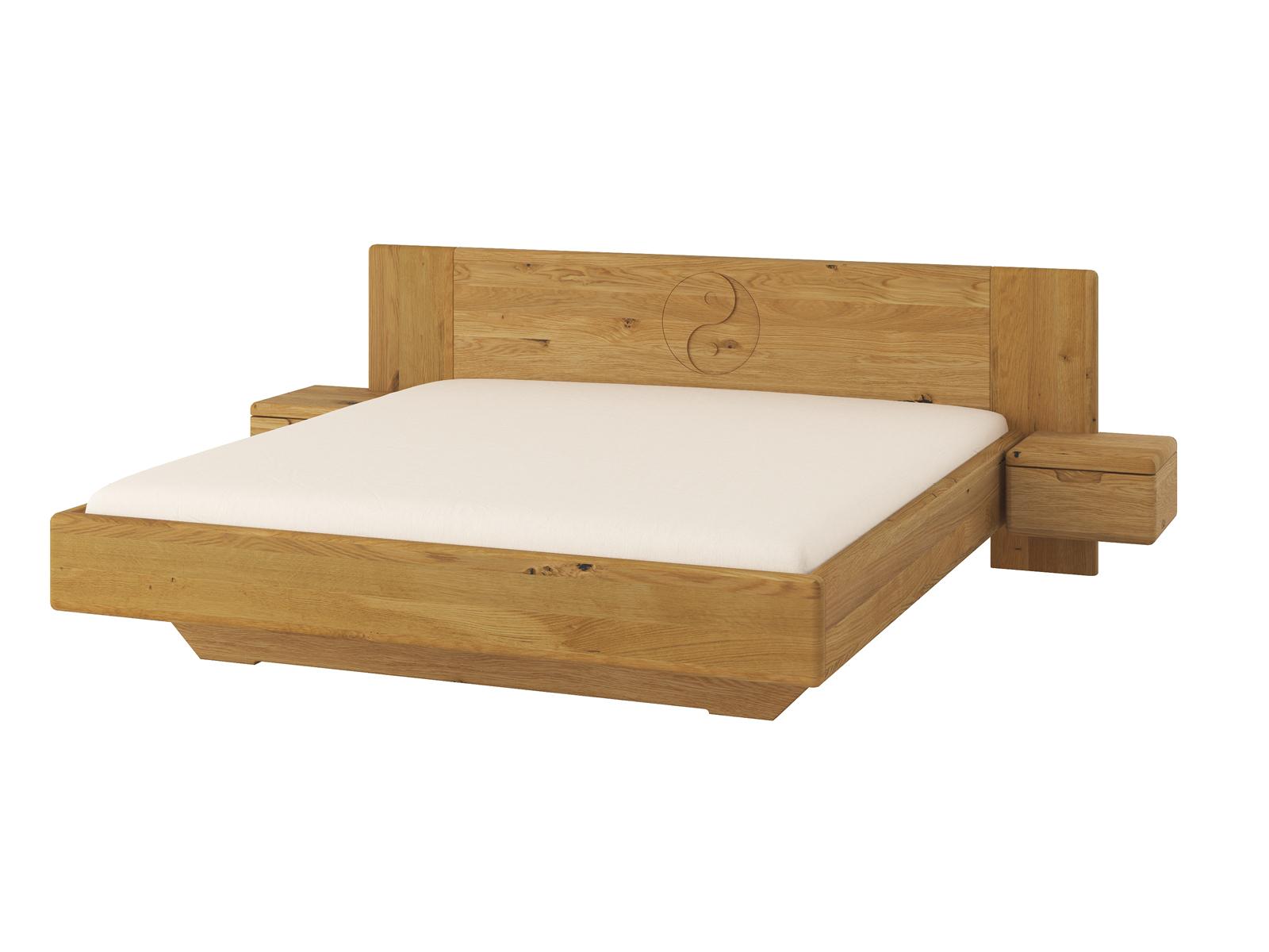 """Wildeichenbett """"Leonie"""" 180 x 200 cm mit schmalen Nachtkästchen und Gravur"""