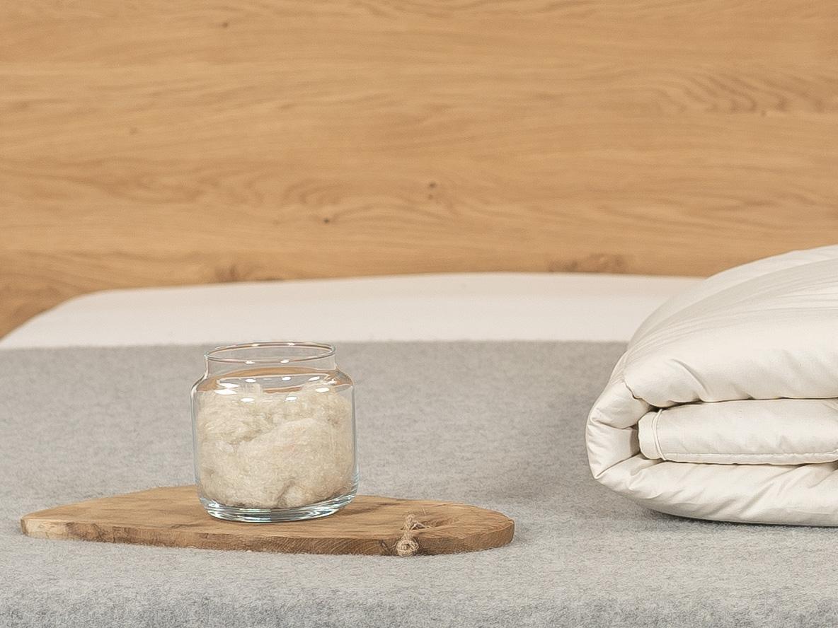 Seide hat eine gute Isolierfähigkeit gegen Wärme und Kälte.