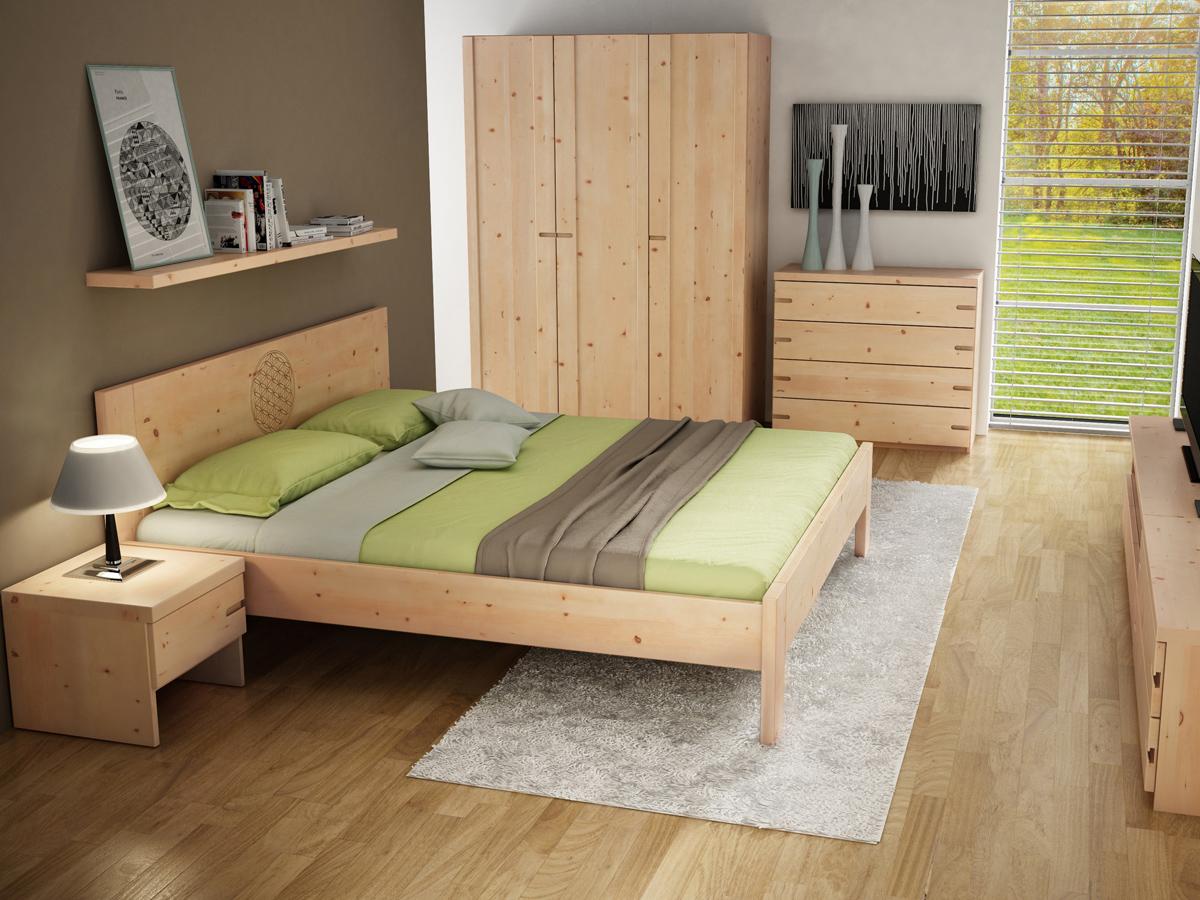 """Schlafzimmer mit Zirbenschrank """"Stefan"""" 3-türig, Höhe 235 cm"""