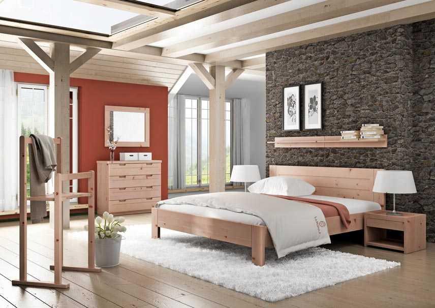 Zirbenschlafzimmer mit Massivholzmöbel